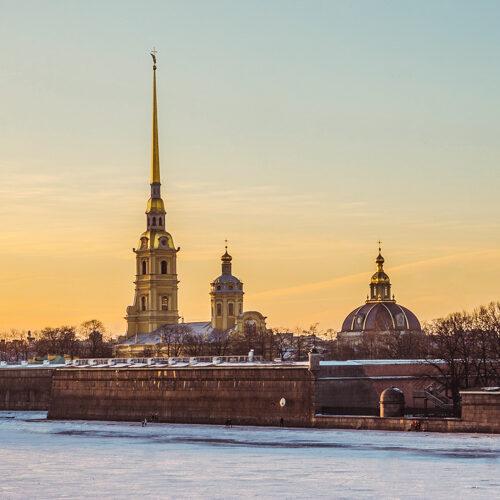 Visita ciudad de San Petersburgo con SATO TOURS
